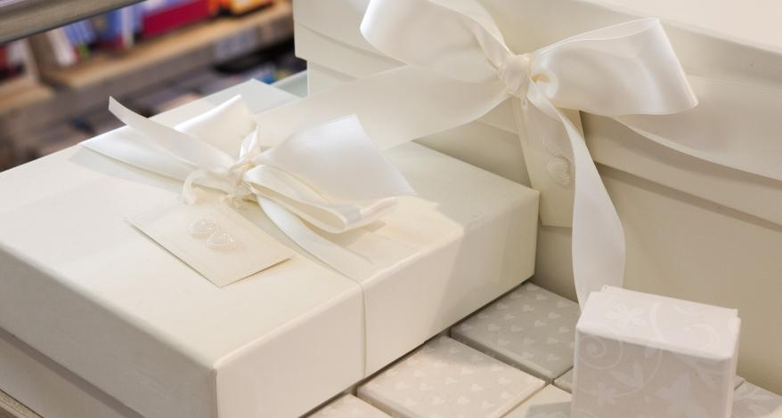 Deko und Rahmengestaltung für Feste Geburtstage und Hochzeiten